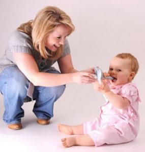 婴儿喂药器