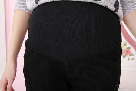 孕妇穿托腹裤图片